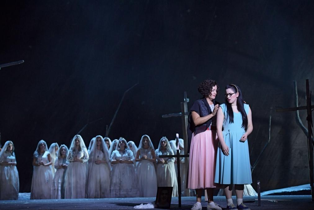 Bildergebnis für oper frankfurt il trovatore